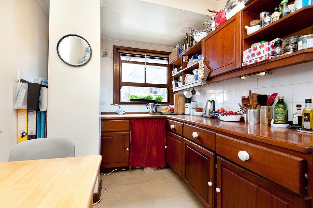 caroline orqueda. Black Bedroom Furniture Sets. Home Design Ideas